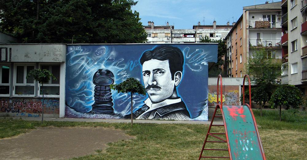 FOTO 1 Zidna slika Nikole Tesle u naselju Tesla u Pančevu