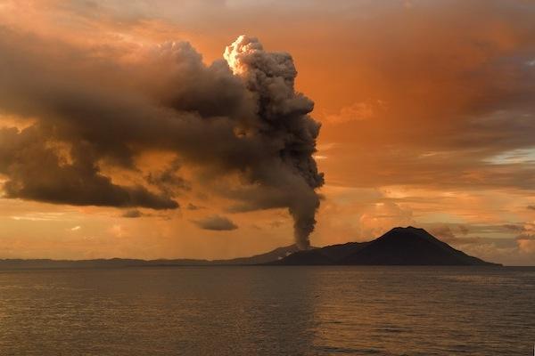 FOTO 3 Vulkan Tavurvur