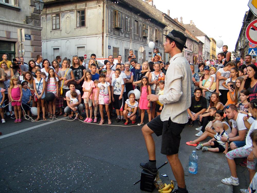 FOTO 3 Ulični performer Andrej Tomše