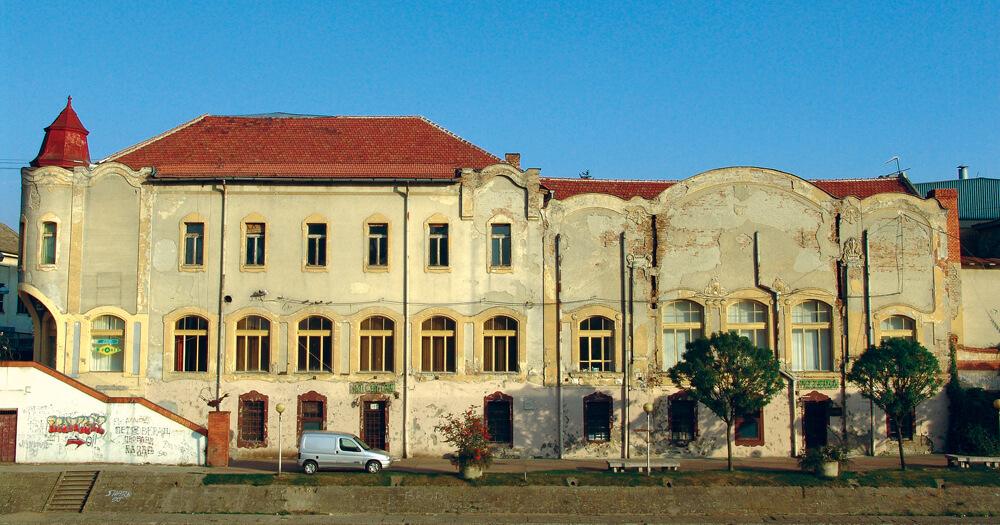 bojan-dvorac-dundjerski-palata-sa-begeja