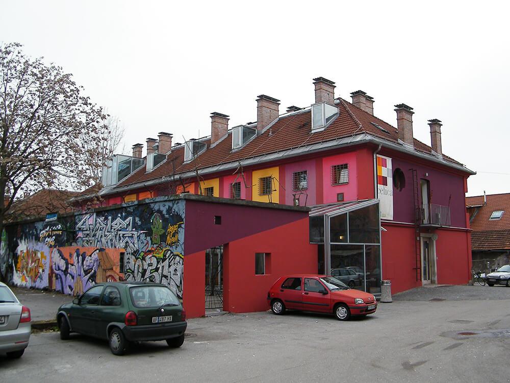 Hostel Celica u bivsoj kasarni u Metelkovoj ulici u Ljubljani