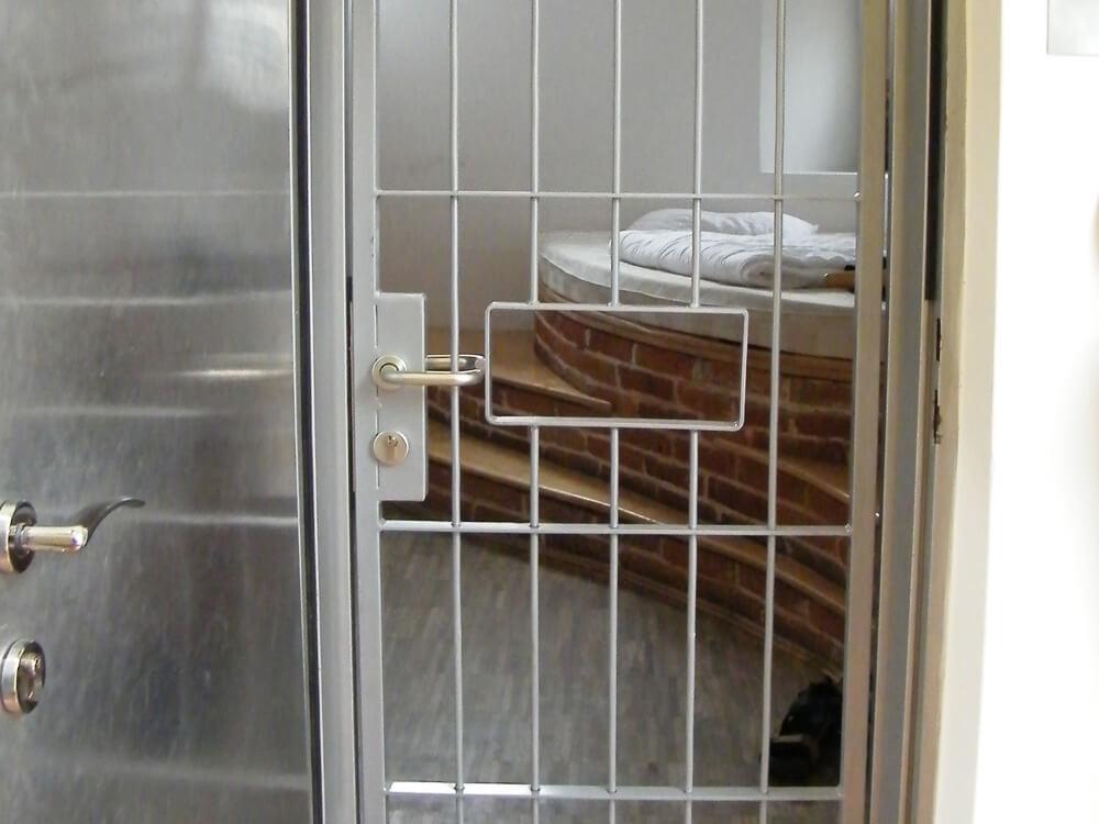 Soba hostela Celica u zatvorskoj celiji