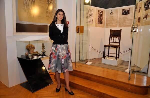Foto 2 Dr Jelena Jovanović Simić na izložbi Velikani srpske medicine