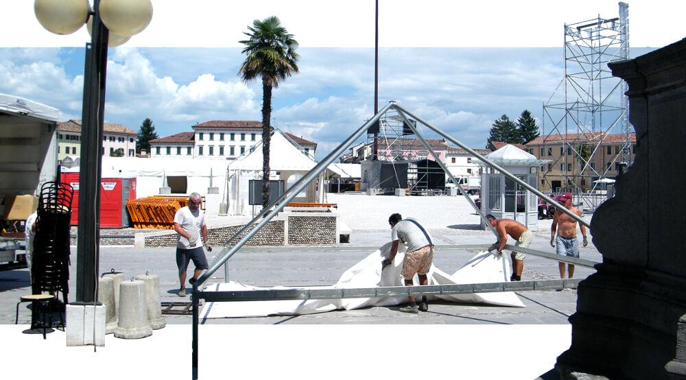 FOTO Odlazi cirkus iz našeg malog grada. Piazza Grande kao poligon za vežbe civilne zaštite