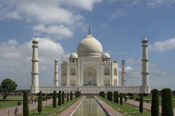 Taj_Mahal_Agra_India-600x400